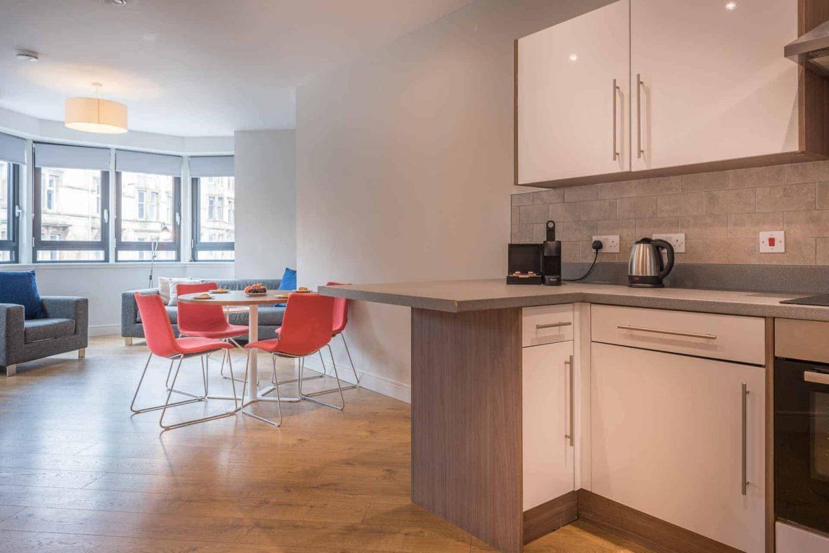 Large open plan apartments at PREMIER SUITES PLUS Glasgow Bath Street