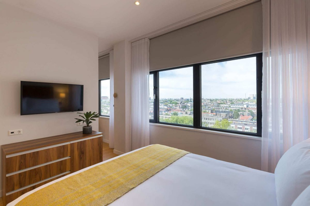 One Bedroom Apartment View from Bedroom PREMIER SUITES PLUS Rotterdam
