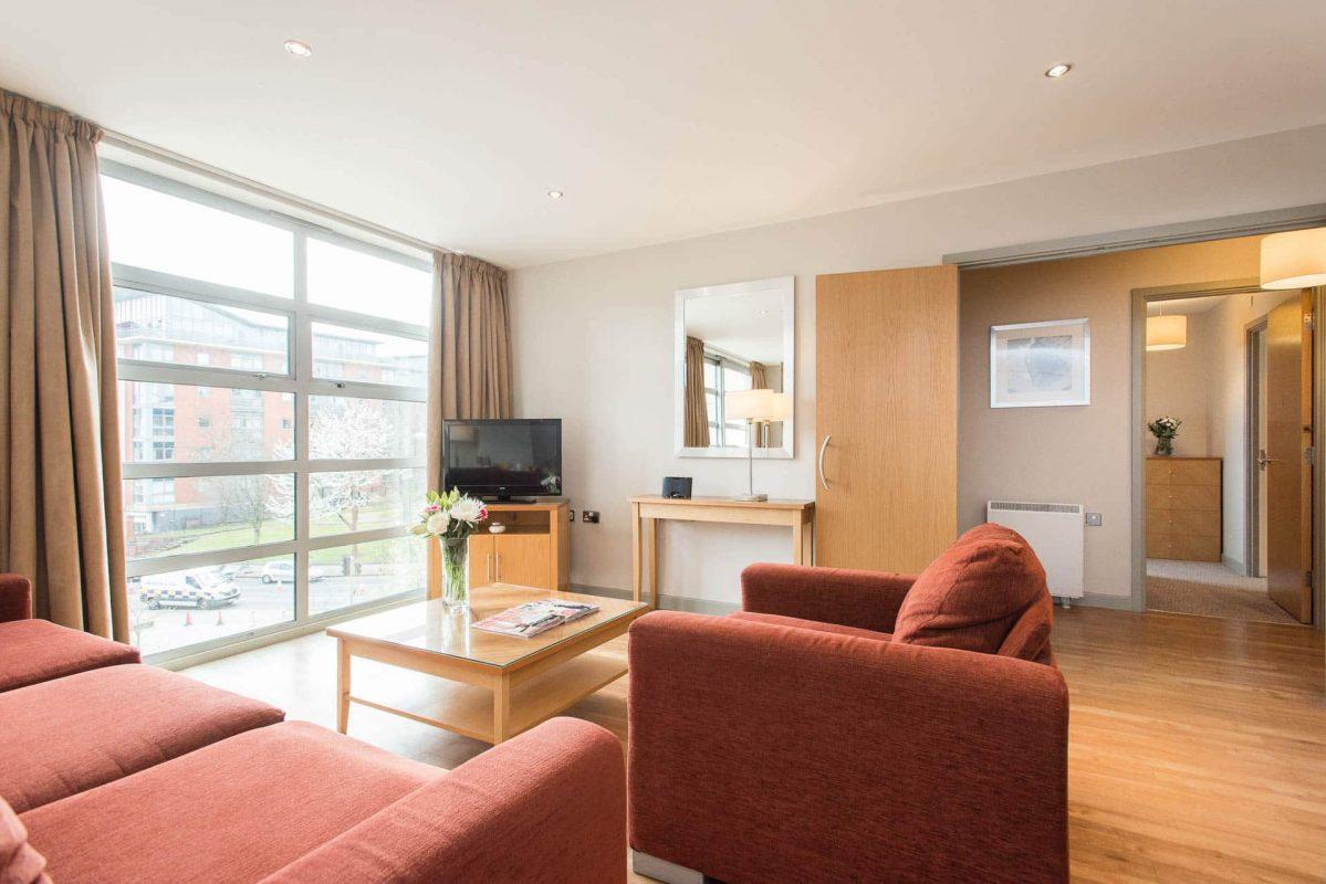 PREMIER SUITES Nottingham 2 chambres à coucher salle de séjour à aire ouverte