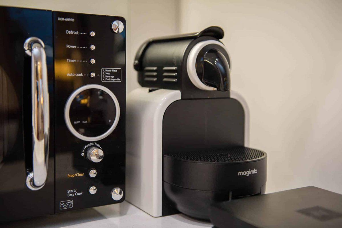 PREMIER SUITES PLUS Bristol Cabot Circus Nespresso machine