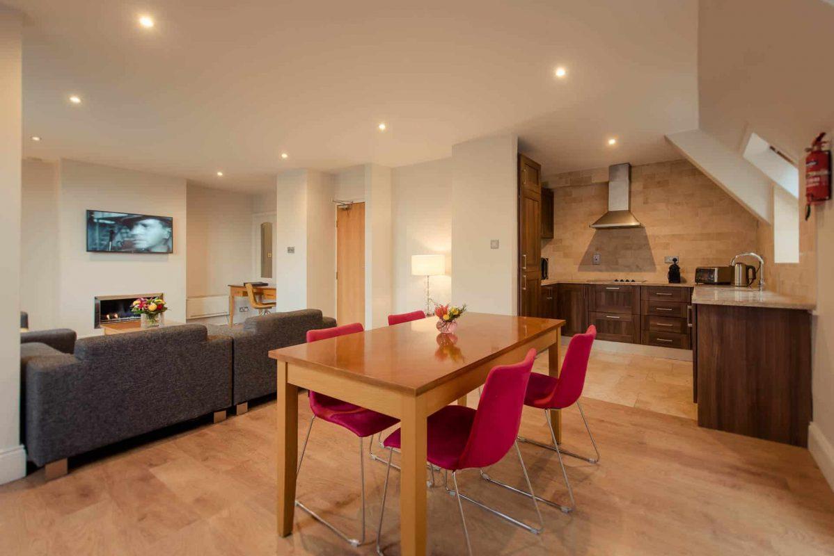 PREMIER SUITES PLUS Dublin Leeson Street penthouse in Dublin
