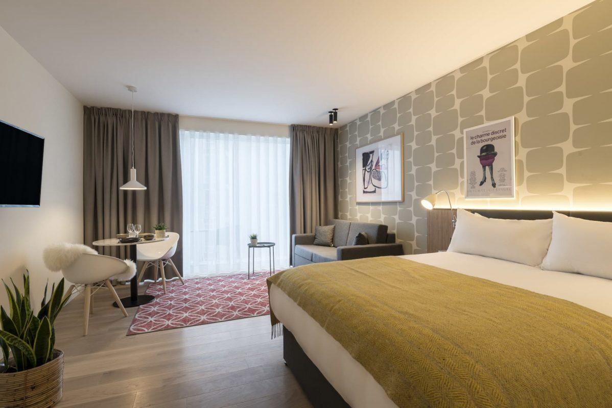PREMIER SUITES PLUS Antwerp Penthouse Studio Bedroom