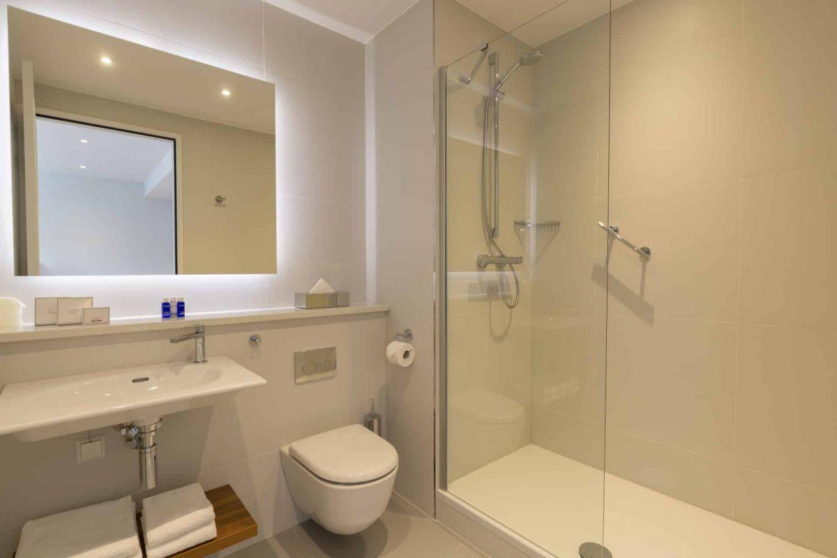 PREMIER SUITES Rotterdam Superior Apartment mit einem Schlafzimmer und einem Badezimmer