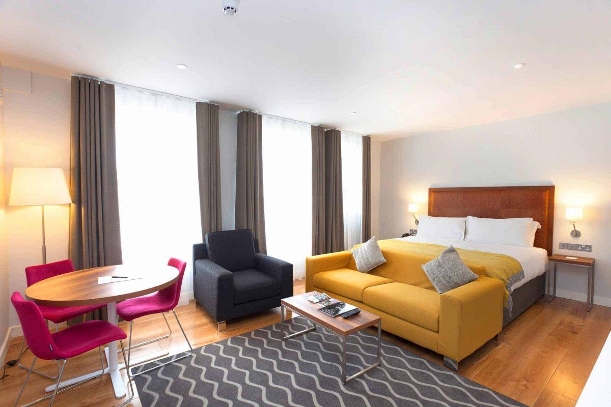 studio suite - family suite at PREMIER SUITES PLUS Dublin Ballsbridge